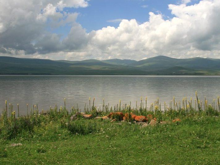 Tour to Lake Arpi