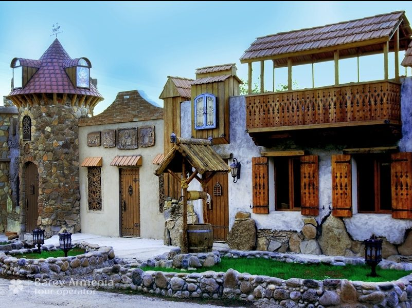 New!!Tour to Machanents Tourism and Art Center, Arshakuni Mausoleum and Voskevaz Winery